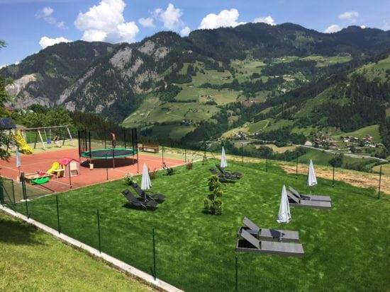 Liegewiese Spielplatz2