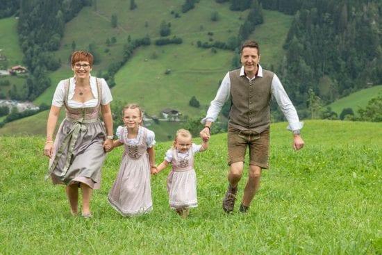hotel-berggasthaus-alpenklang-familie-rohrmoser-1