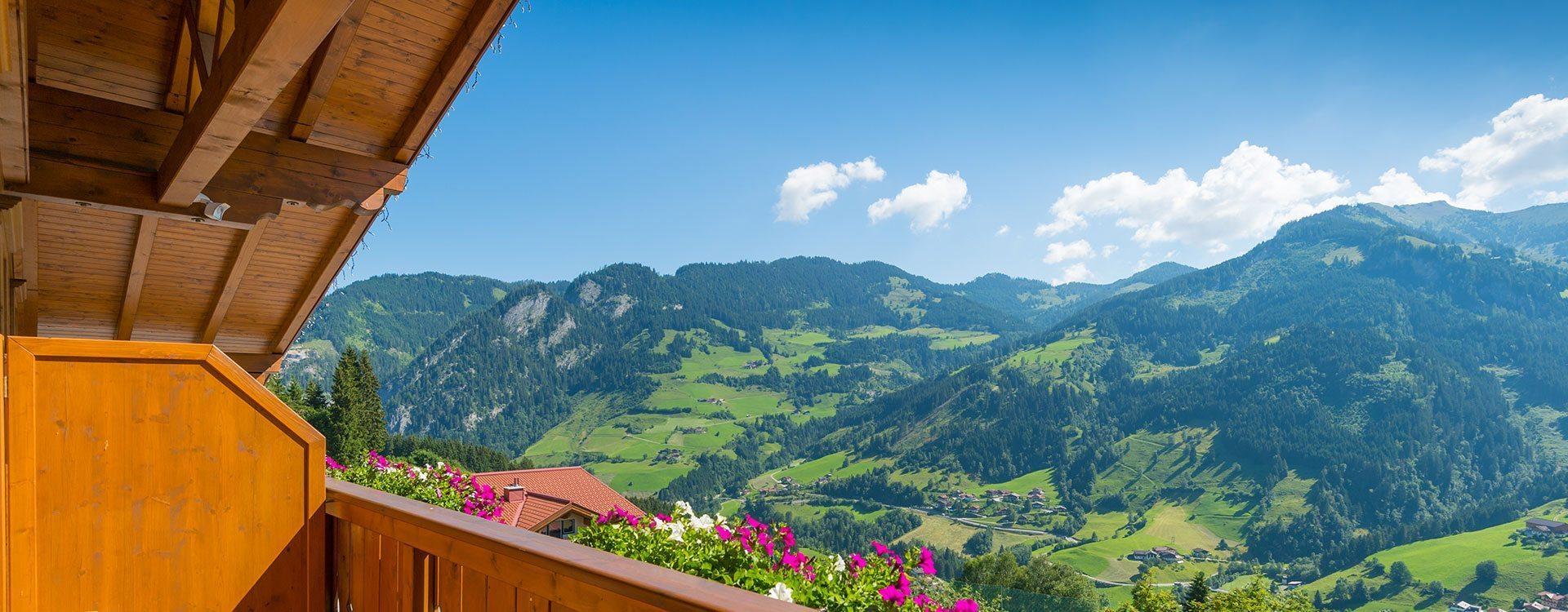 Panorama-Lage in den Bergen - Hotel & Berggasthaus in Großarl
